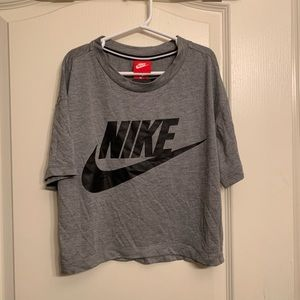 💋 SALE ! Nike Cropped T-Shirt